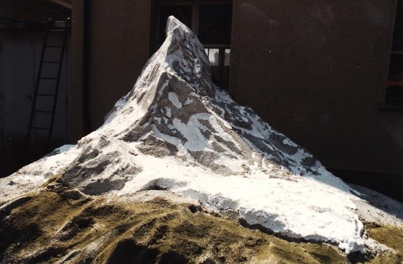 0005.jpg Matterhorn Modell
