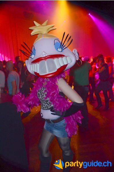20120331_bierhuebeli_bravo-hits-party_anna-kilchenmann