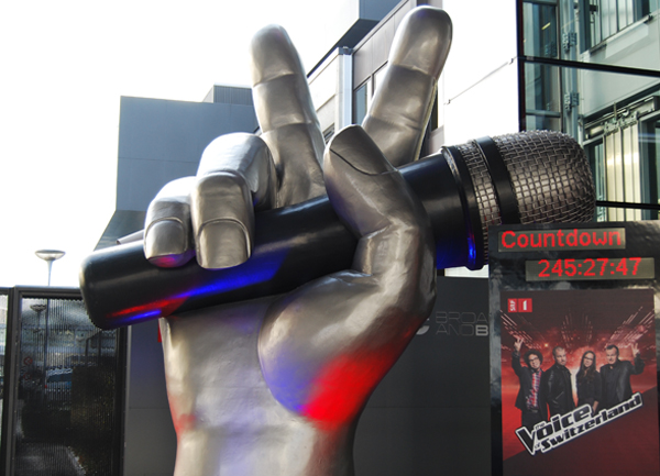 The_Voice_Hand